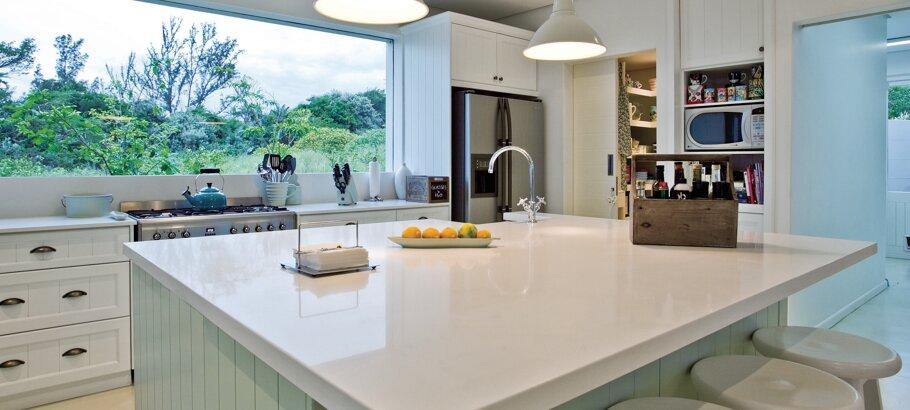 Pure White Caesarstone Quartz Kitchen
