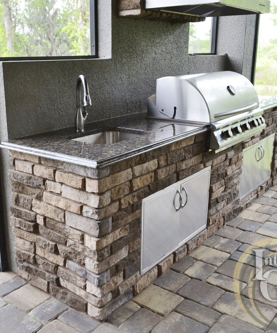 Baltic Brown Granite Outdoor Kitchen Countertops
