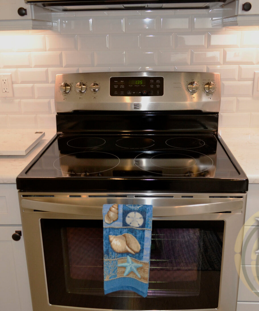 Cambria Torquay Installed in a Sarasota Kitchen