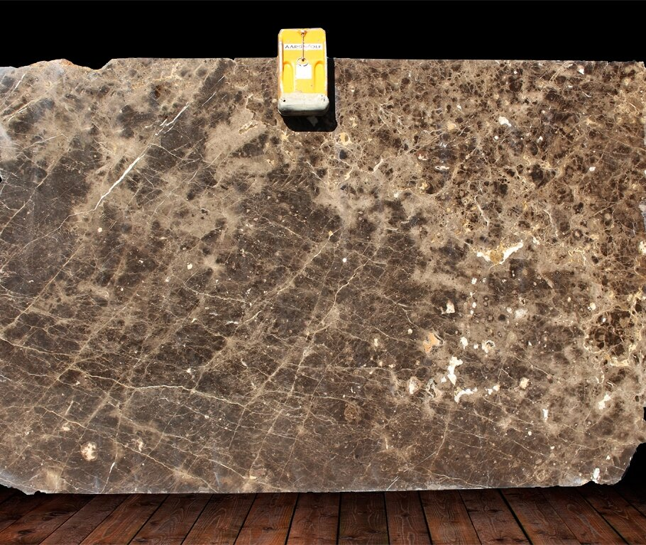 EMPERADOR BROWN DARK MARBLE